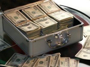 Cara Ampuh Mendapatkan Uang Dari Internet : Jangan Percaya!