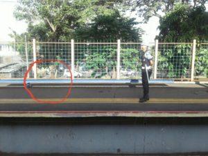 Kemungkinan Besar! Sangat Tidak Nyaman Duduk di Tempat Duduk Stasiun Lenteng Agung dan Universitas Pancasila