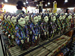 Boneka Ini Menunjukkan Adanya Pengaruh Budaya Jawa di Bali (Atau Memang Buatan Jawa?)