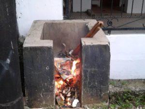 Membakar Sampah : Memecahkan Masalah Menambah Masalah