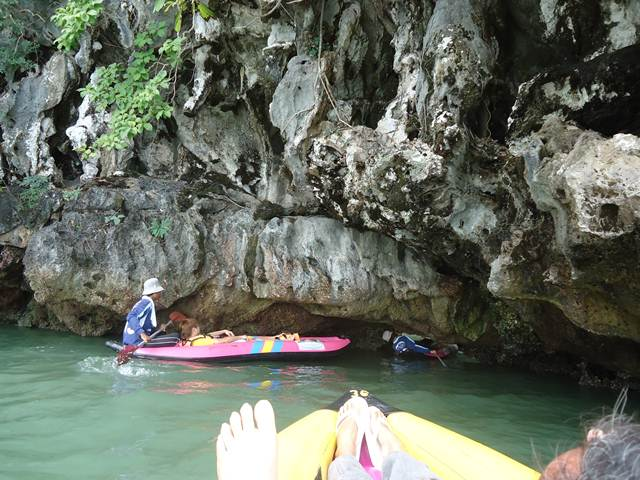berperahu di Phuket