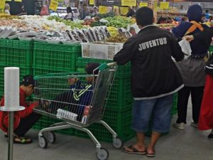 Fungsi Lain Trolley Belanja di Supermarket atau Hypermarket