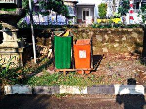 Tempat Sampah Pun Perlu Dirawat Supaya Tidak Menjadi Sampah