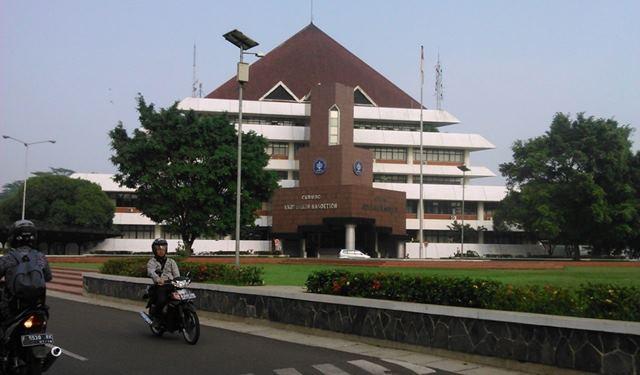 Gedung Andi Hakim Nasution (Rektorat) Institut Pertanian Bogor di Dramaga