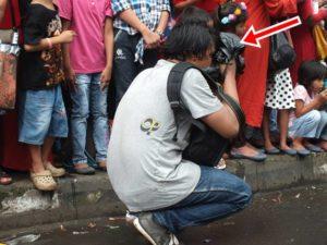 Pelindung Darurat Kamera Saat Hujan Turun Tiba-Tiba