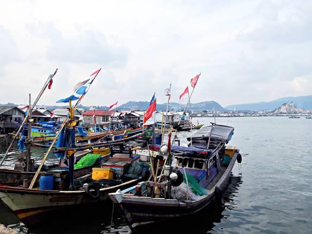 GUDEL (Gudang Lelang) - Tempat Yang Harus Dikunjungi Pecinta Hidangan Laut di Teluk Betung