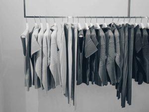 Mengapa Baju Sisa Ekspor Bisa Dijual Murah ?