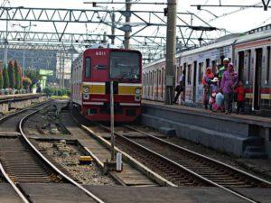Cara Menuju Serpong Dari Bekasi Dengan Commuter Line