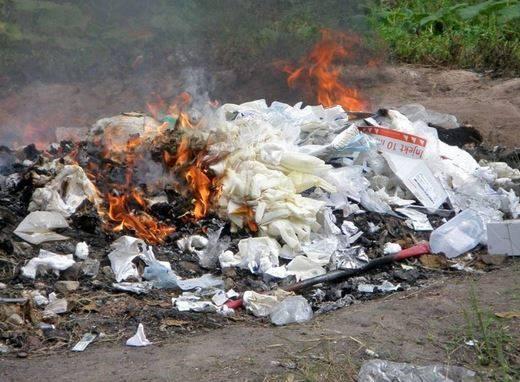 Inilah Alasan Untuk Tidak Membakar Sampah Plastik