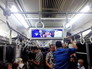 LINIKUIS – Iseng-Iseng Berhadiah Daripada Bengong di Commuter Line