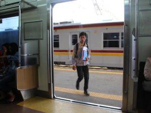 Cara Menuju Pasar Senen Dari Tangerang Dengan Commuter Line