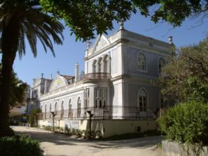 Istana Beau Sejour, Lisabon, Portugal – Hantu Mantan Pemilik Gentayangan di Taman