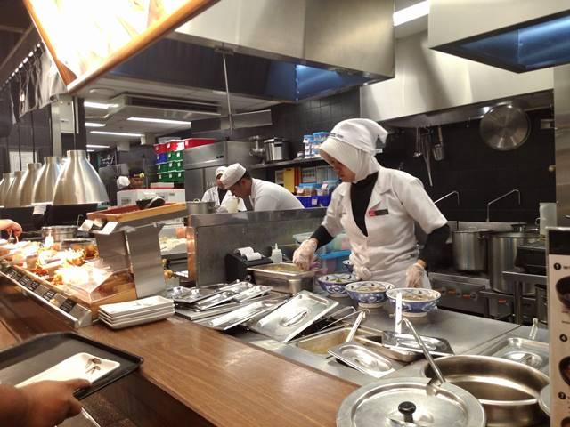 Mengapa Koki Di Restoran Menggunakan Tutup Kepala?