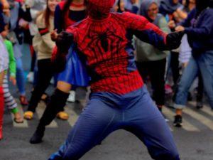 [KEPERGOK] Spiderman Joget Di Museum Angkut Malang