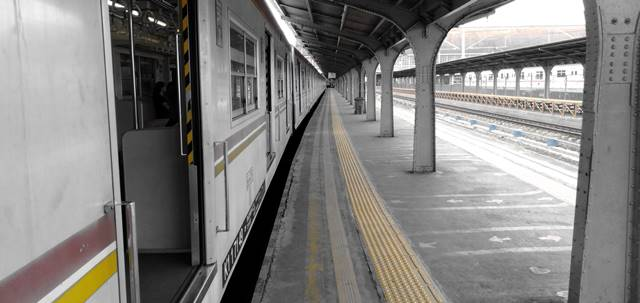 Cara Menuju Tangerang Dari Jatinegara Menggunakan Commuter Line