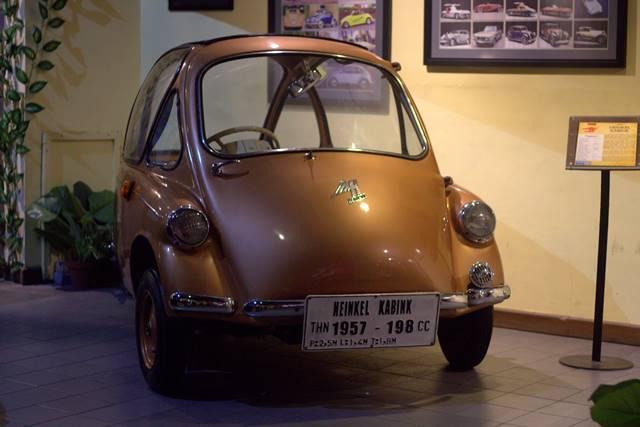 Heinkel Kabine : Pembuatnya Pabrik Pesawat Tempur