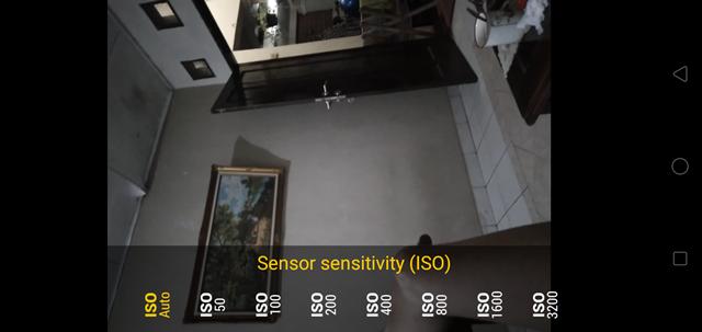 Menambahkan Fitur DSLR Pada Kamera Smartphone Dengan Aplikasi Camera FV-5 Lite
