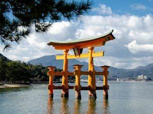 TORII – Gerbang Penanda Batas Wilayah Suci (Jepang)