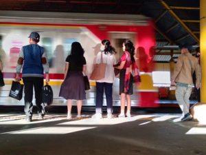 Cara Menuju Kampus Universitas Indonesia Dari Tangerang Dengan Commuter Line
