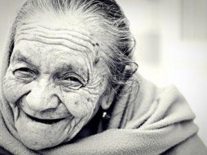 """""""Apa Yang Bisa Dihasilkan Sebuah Senyum"""" – Bunda Teresa #01"""