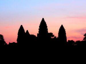 Beli Tiket Angkor Wat Tidak Bisa Diwakilkan Dan Harganya Lumayan Mahal Loh!
