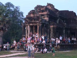 Ongkos Tur Melihat Sunrise (MataHari Terbit) Di Angkor Wat Mahal Juga Yah