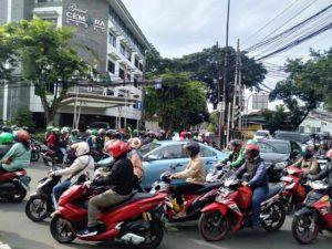 Pak Polisi, e-Tilang Harus Hadir Di Pertigaan Wahid Hasyim Depan Hotel Cemara Nih!