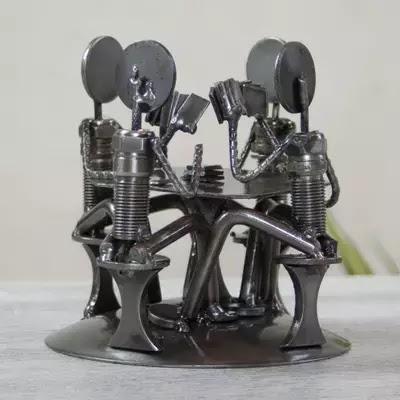 [AMAZING] Patung Metal Dari Onderdil Kendaraan Bekas - Armando Ramirez