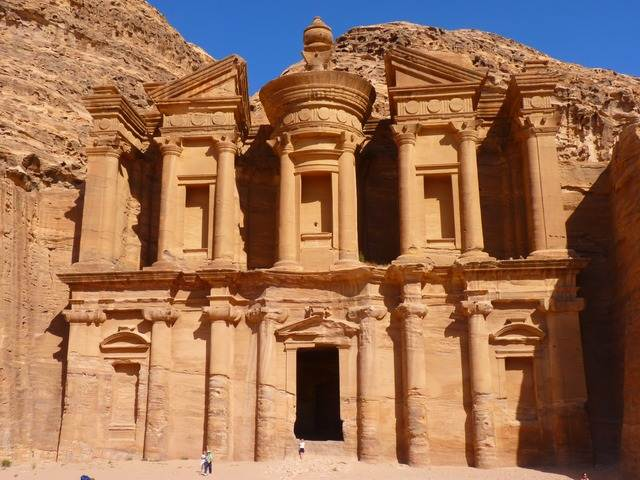 [FOTO] Al Khazneh, Petra, Jordania : Pernah Disangka Sebagai Gudang Harta Karun
