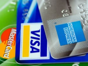 4 Alasan Tidak Memakai Dana Kartu Kredit Untuk Modal Usaha