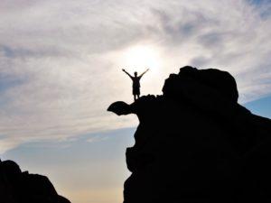 Kalau Mau Sukses, Abaikan Saran Cara Menjadi Sukses Dari Orang Lain