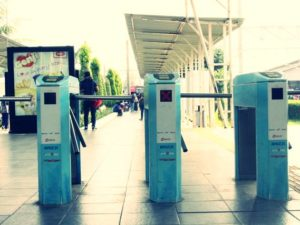 Masa New Normal, Balita Dilarang Naik Commuter Line