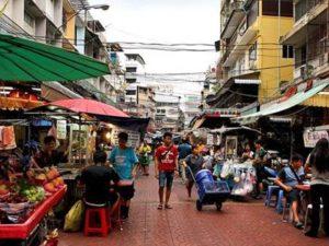 Kalau Dulu Trotoar Sepuluh Kaki, Tidak Ada Pedagang Kaki Lima
