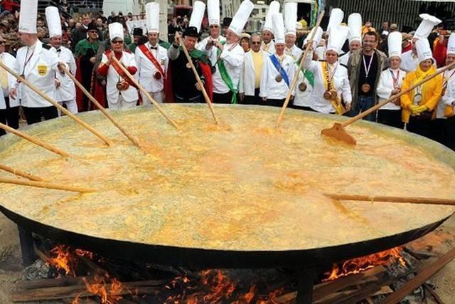 Omelette géante Tradisi Telur Dadar Raksasa Tercipta Karena Napoleon A