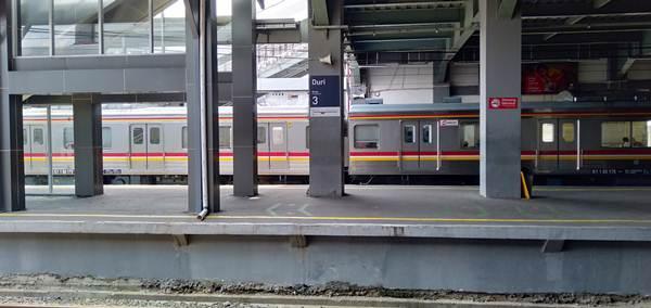 Cara Menuju Kalideres Dari Depok Menggunakan Commuter Line - stasiun duri