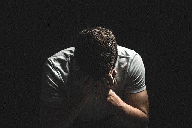 Alasan Pria Menangis , Belum Tentu Cengeng