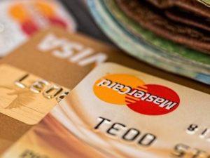 8 Tips Supaya Tidak Terjebak Hutang Kartu Kredit