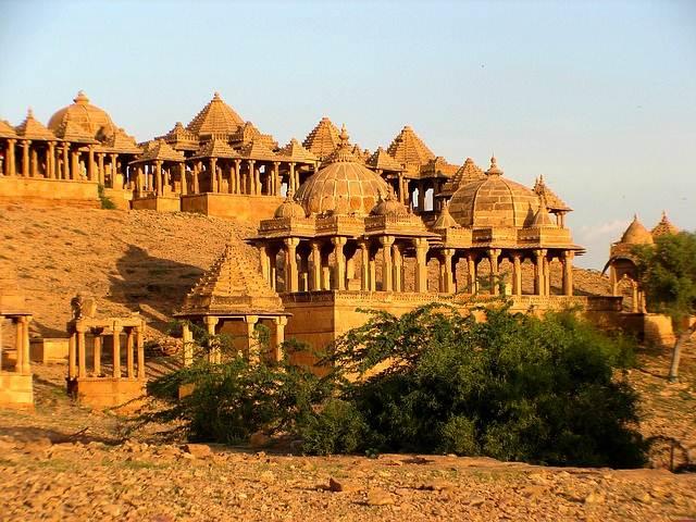 Bada Bagh - Bara Bagh Kompleks Pemakaman Bersejarah Rajasthan