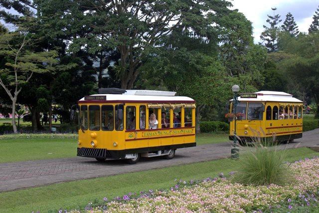 Garden Tram Taman Bunga Nusantara Cianjur A