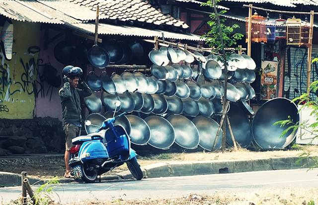 Pedagang Penggorengan - Kuali Ukuran Jumbo di Salabenda Bogor