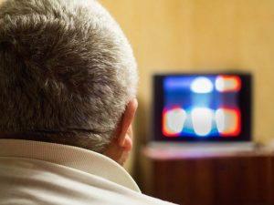 Menonton Acara TV Tanpa Subtitle Membantu Belajar Bahasa Asing